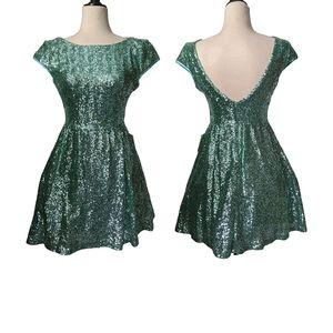 B. Darlin Mint Sequin Mini Formal Dress 5/6 BNWT